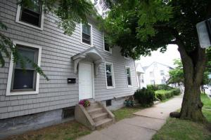 263B East St Bloomsburg BL Properties Student Front